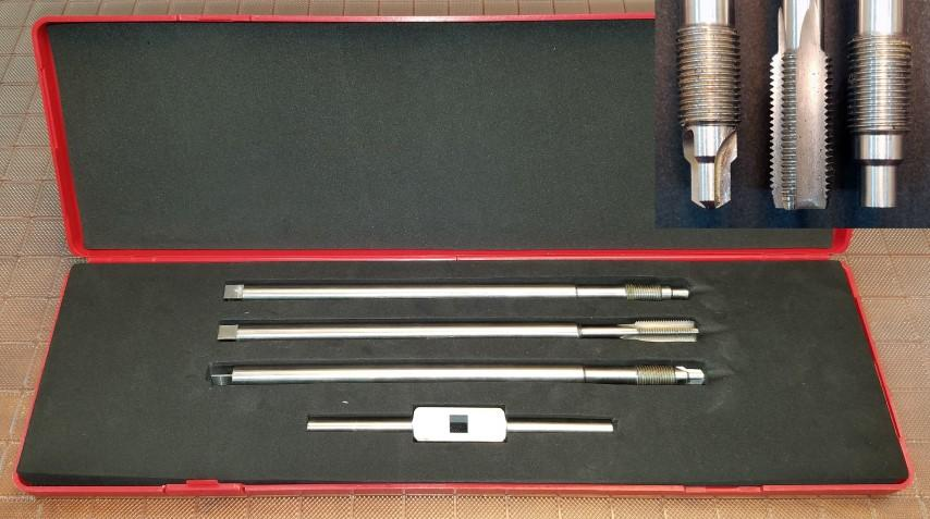 Melt pressure transducer mounting hole cleaning kits